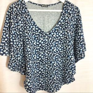 LILY WHITE blue animal print kimono top S-M